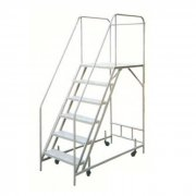 Movable ladder cart